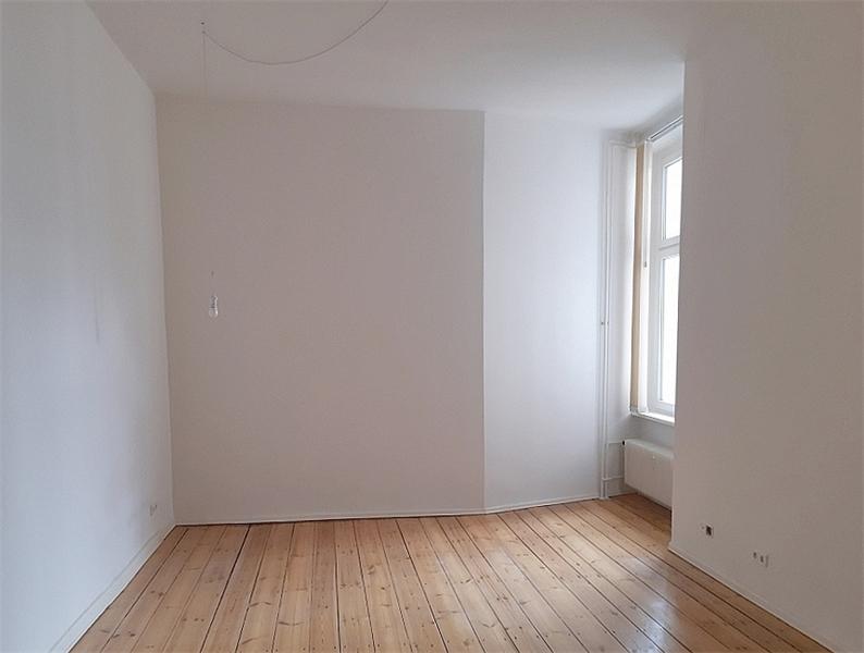 Wohnzimmer (leer, Ist-Zustand)